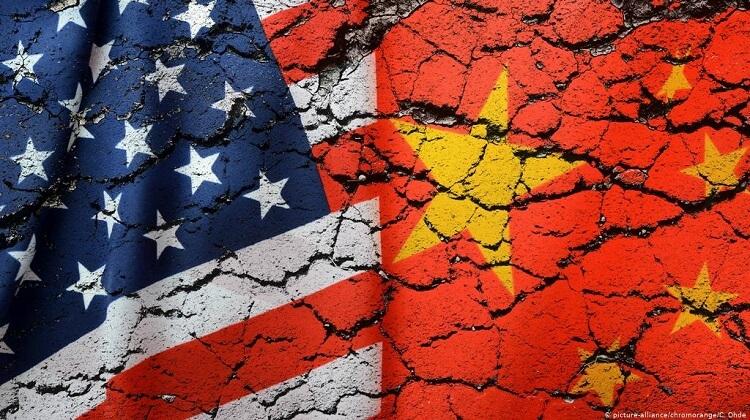 флаг США и Китая